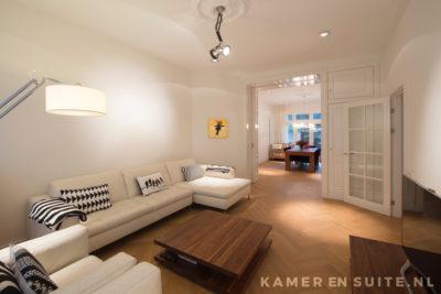 Modern interieur met klassiek suite