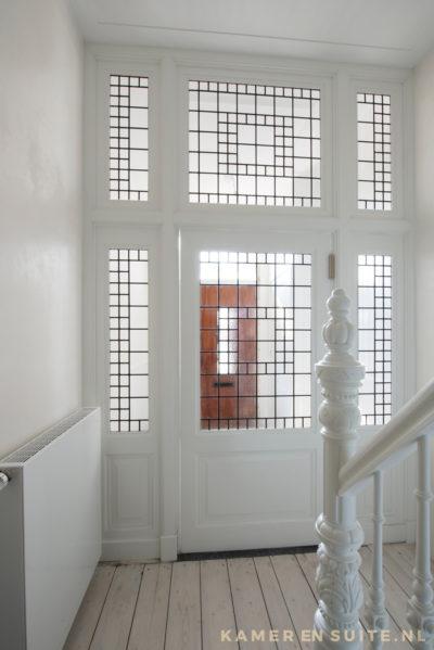 Tochtportaal met glas in lood