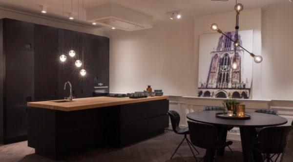 Massief houten open keuken